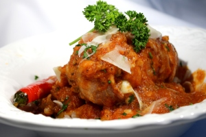 Braiesd chicken in tomato souce 013