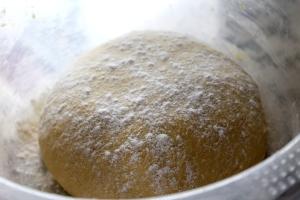 Puul a part hleb sa spanaćom i sirom 001