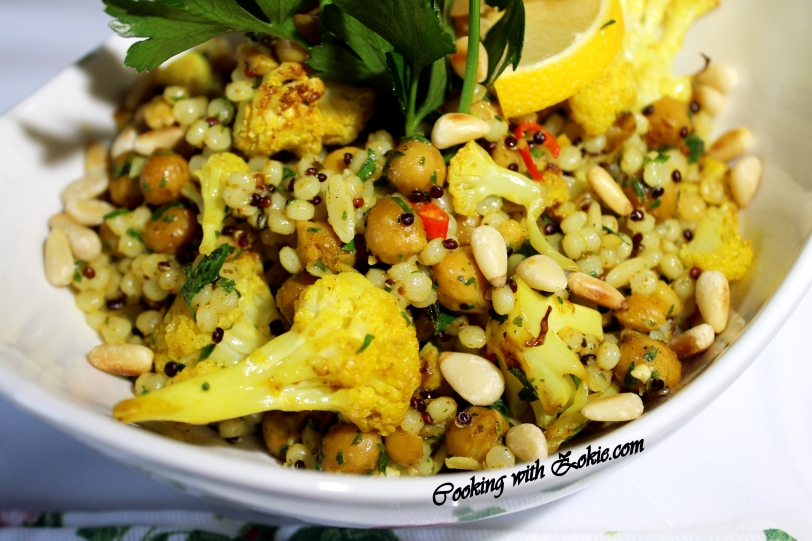 Roasted cauliflower and chickpeas with curry 013